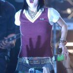 Ashlee-Simpson-Celebrity-Tongue-Picture-0020