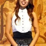 Yoon-Son-ha-korean-singer-tongue-1