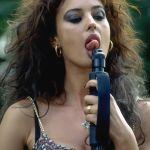monica-bellucci-tongue-2