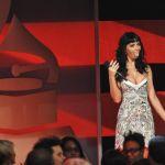 Katy-Perry-Tongue-t1