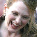 julianne-moore-tongue-543