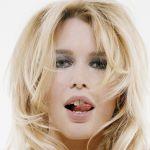 Claudia-Schiffer-Tongue